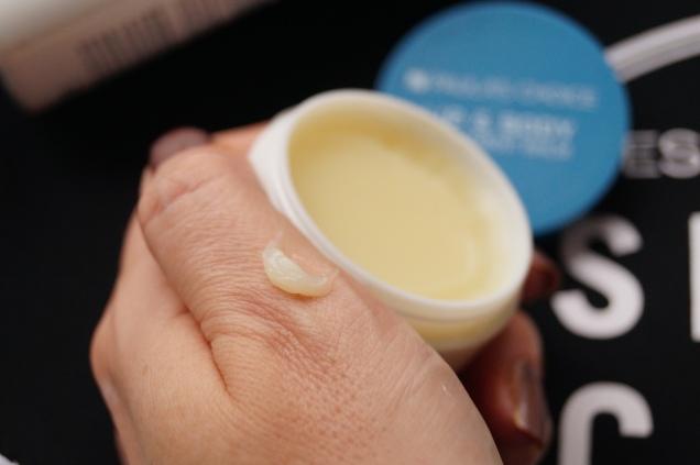 Perfekt att dra med ovansidan av nageln i burken för inga bakterier växer i denna