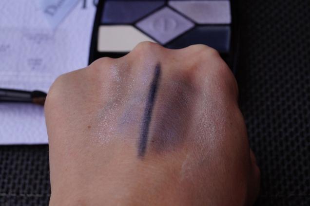 Swatches fr höger: primer, ombre shadow 3, eyeliner,Colour 2,highlighter 4