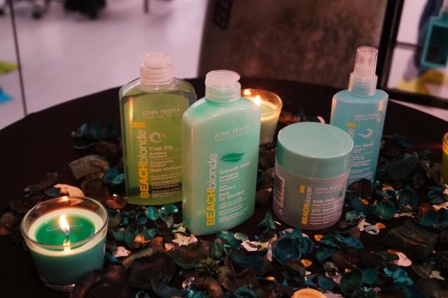 Beach Blonde består av fyra produkter med känsla av saltvatten och heta stränder.