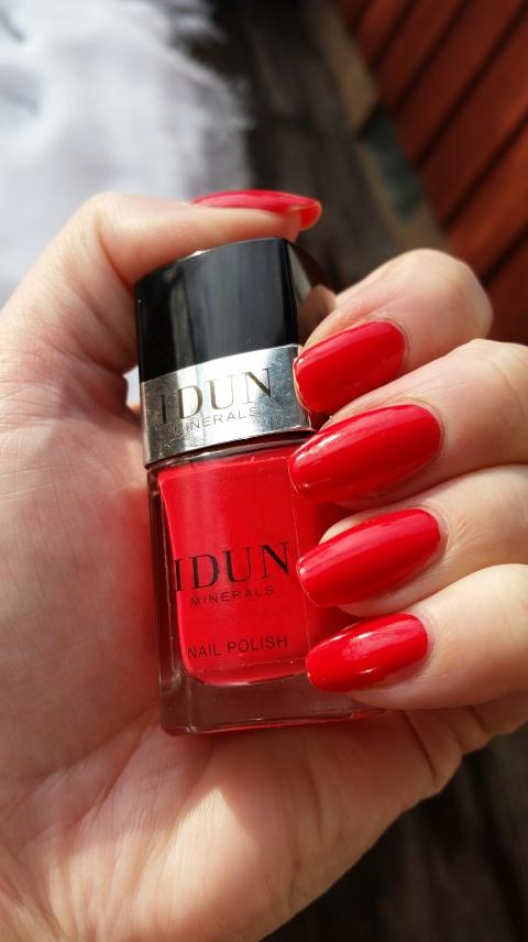 IDUN släppte urtjusiga nagellack i våras!